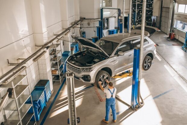 7 Things People Should Know Before Getting Their Car Serviced