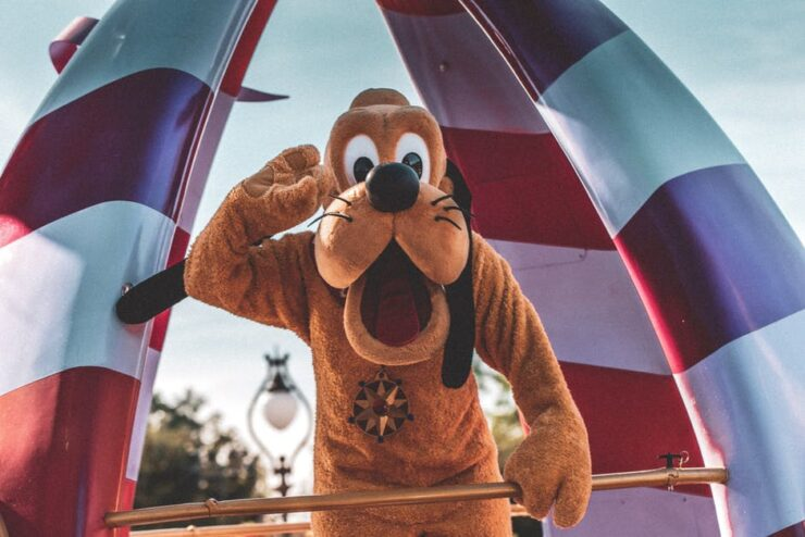 5 Reasons to Book Disney Vacation Packages